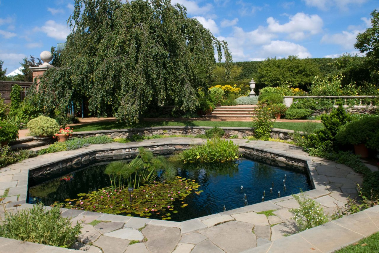 Sunken fountain within English Walled Garden at Chicago Botanic Garden